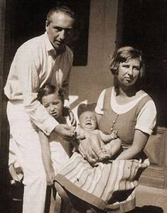 З першою дружиною Анною і дітьми
