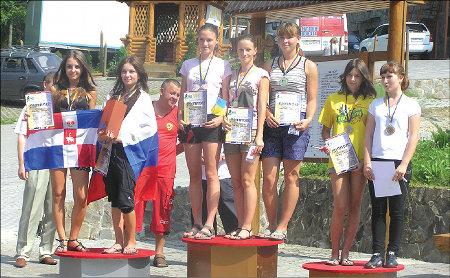 Переможців на чемпіонаті було багато. Це одні з них – дівчата-юніорки