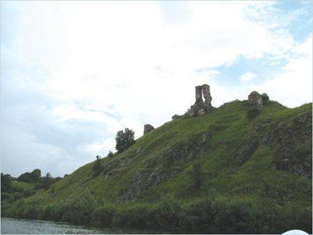 Руїни замку на Князь-горі