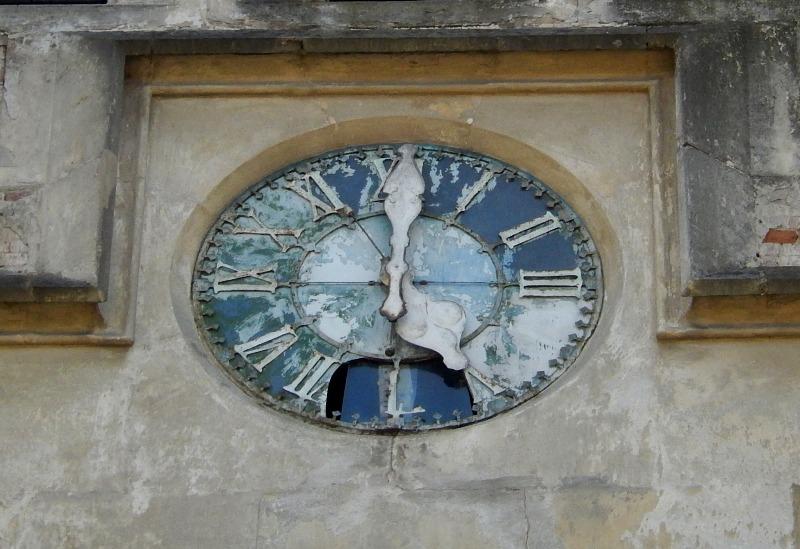 kostel23_05_clock