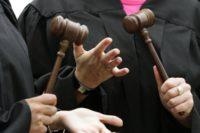 Як живуть і скільки заробляють у Чернівецькому господарському суді