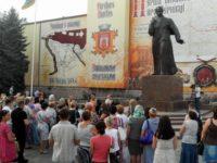 Чернівчани вшанували пам'ять загиблих бійців. Народний День жалоби