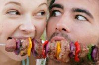 Українці недоїдають м'яса і овочів