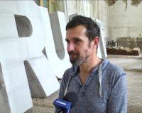 Митець з Ужгорода презентував у костелі в Чернівцях інсталяцію про довіру