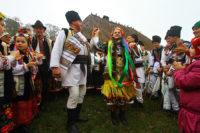 «Осінь весільна» – Третє обласне фольклорно-етнографічне свято – покаже гуцульське й бессарабське весілля