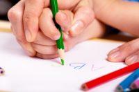 Українці розучуються писати від руки