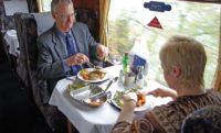 Укрзалізниця введе послугу повноцінного харчування в нічних поїздах