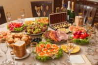 Середньостатистичний новорічний стіл за рік здорожчав на третину