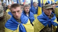 Погляд Тамари БОРОВИК:На Майдані коло Маріїнки революція іде. А суд уже боїться виносити неправдиві рішення
