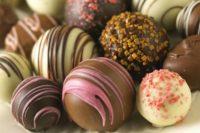"""Не """"шоколад"""", а """"солодкий батончик"""" або """"глазурована цукерка"""": стандарти ЄС на вироби з какао"""