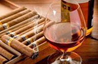 Бензин, цигарки та алкоголь дорожчають