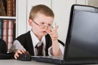 Офтальмолог спростовує залежність між короткозорістю і комп'ютером