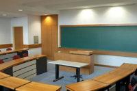Українські школи облаштують новим обладнанням та меблями на 1 млрд грн