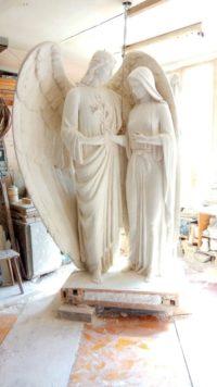 """Суперечки навколо встановлення скульптури """"Благовіщення"""" тривають"""