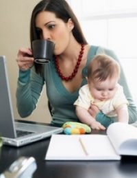 Як змінилися виплати одиноким матерям з 1 грудня