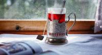 """«Укрзалізниця"""" підняла ціни на постільну білизну та чай, каву та питну воду у потягах."""