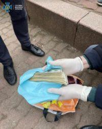 На хабарі затримали гендиректора Чернівецького перинатального центру