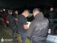 На Буковині поліцейський у складі злочинної групи збував амфетамін