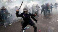 Кабмін затвердив Правила боротьби з протестувальниками