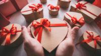 Що дарують українці на день Валентина