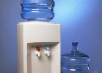 Чим небезпечні кулери для води