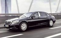 Автобаза Порошенка закупила ще два Mercedes за чотири мільйони