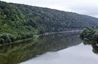 22 березня – Всесвітній день охорони водних ресурсів: Злоякісні пластикові пухлини на Дністрі