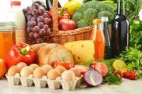 """""""Золоті"""" харчі: У квітні подорожчали 77% соціальних продуктів"""
