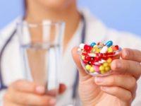 Лікарі назвали ліки, які не можна вживати водночас