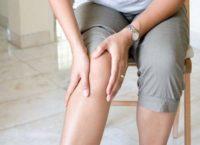 Чому виникає біль у колінах?
