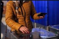 Нагадуємо: фото та відеофіксація виборчих бюлетенів, розголошення результатів волевиявлення у приміщеннях для голосування є порушенням виборчого законодавства та передбачає кримінальну відповідальність.
